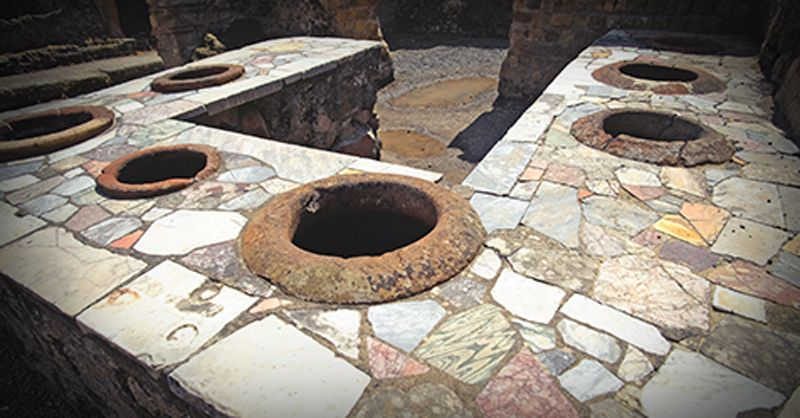 Plumbing toilets of the ancient civilizations