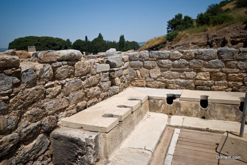 Roman-toilets