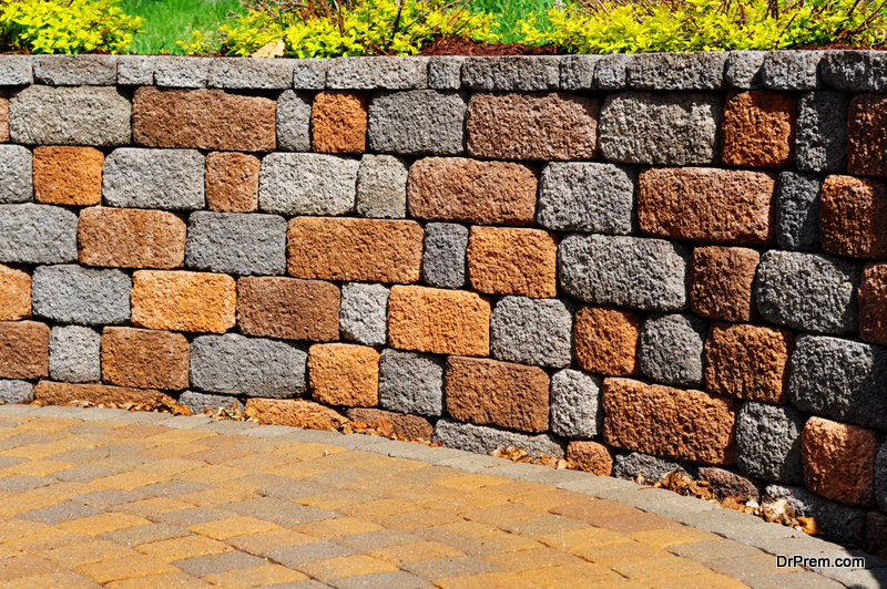 Cheap Retaining Wall Ideas for A Sloped Backyard