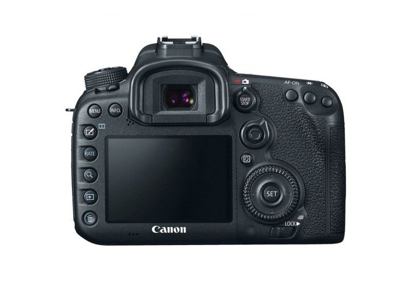 EOS 7D Mark II by Canon