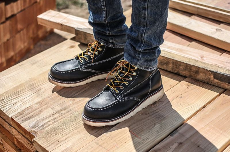 Men's Black Moc Toe Boots