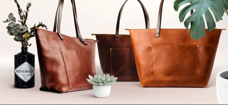 Why A Zipper Tote is the Only Bag You Need