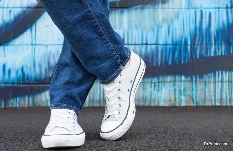 man-in-converse-shoes