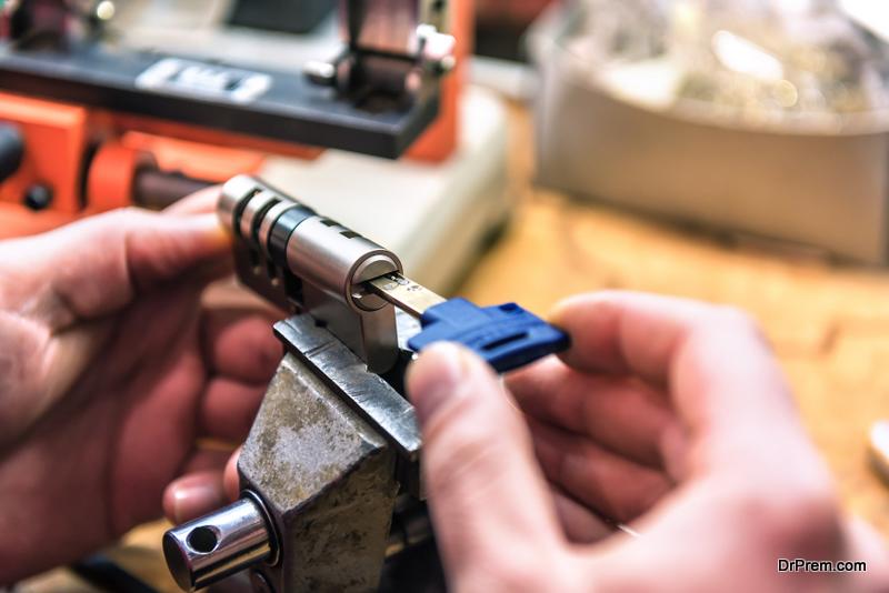 Qualities-of-a-Good-Locksmith