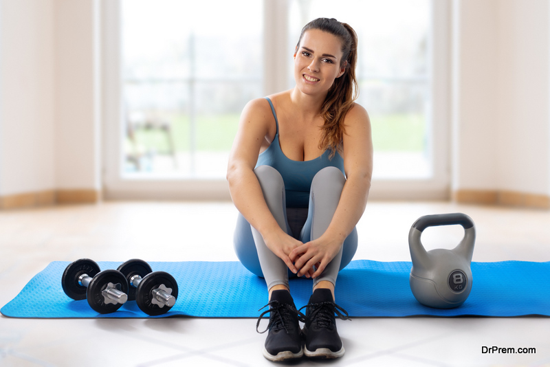 woman-in-home-gym