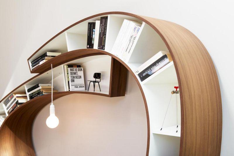 Bookworm-Bookshelf.