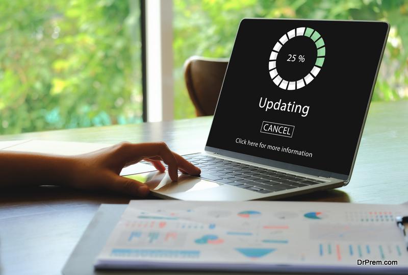 updating-laptop
